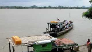preview picture of video 'Boat, Monywa, Myanmar'