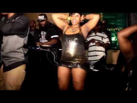 Girl skirt comes up while making that booty bounce on the DJ Booth