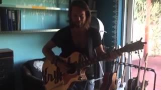 Video Kryštof / Tak pojď hledat břeh (Periscope Live Acoustic)