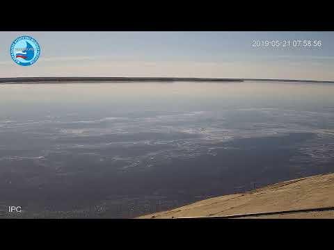 Глава Якутии совершил облет реки Лена