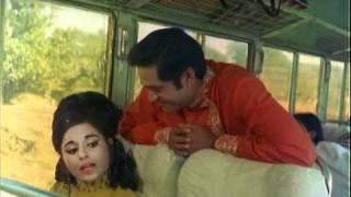 Joy Mukherjee Argument For Taxi   Hindi Thriller Aag Aur Daag