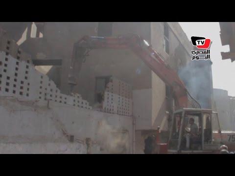 محافظ القاهرة يتفقد إزالة مدابغ الجلود بـ«مجرى العيون»