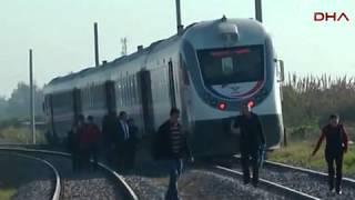 Турция: поезд столкнулся с маршруткой, есть жертвы (новости)