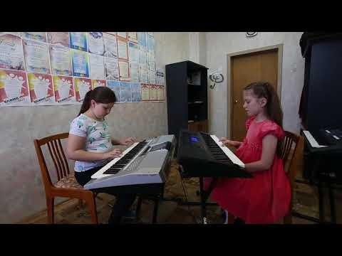 Дуэт: Ксения Куркина, Мария Поспелова