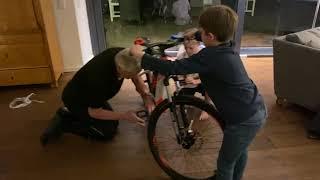 Fahrrad XXL Unboxing - Raymon E-Sixray 4.0 - 400 Wh - 2019 - 26 Zoll - Diamant
