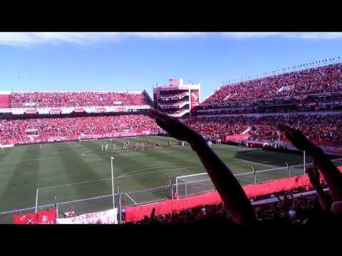 """""""La hinchada de independiente vs Banfield  ( recibimiento )"""" Barra: La Barra del Rojo • Club: Independiente • País: Argentina"""