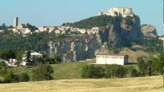 preview picture of video 'video footage: Beautiful italian country San Leo's Castle'