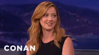 """Judy Greer: The """"Archer"""" Cast's Filthy Sign Language Live Shows  - CONAN on TBS"""