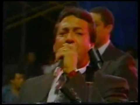 Tito Gomez agradece al Peru - Grupo Niche en Peru 1989