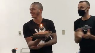 Parabéns! Diego Loureiro ganha bolo de aniversário no Botafogo 🎂🔥