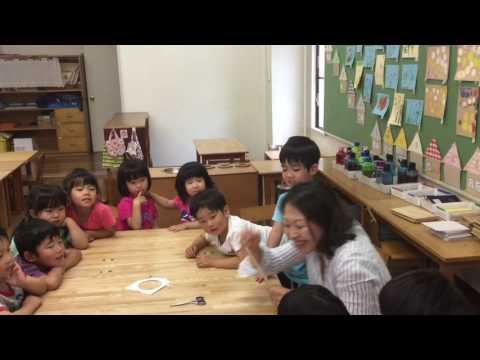 和光鶴川幼稚園 月組の紙工作(円盤)