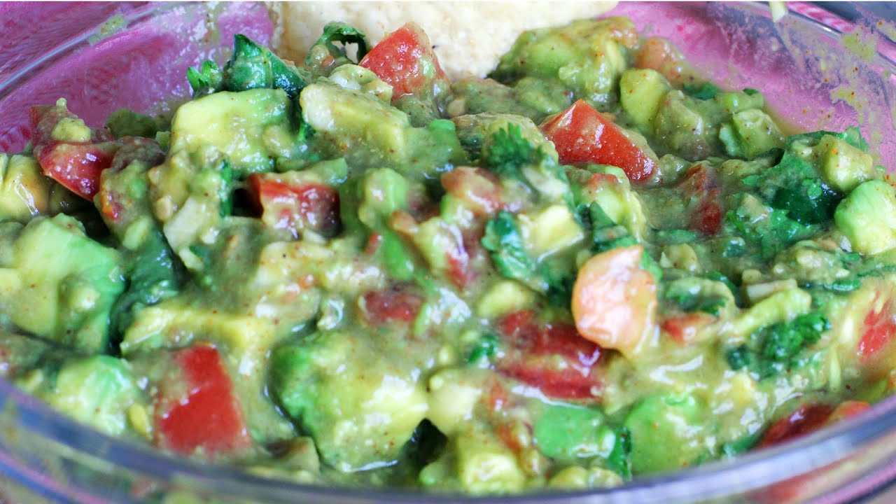 Guacamole Recipe: How to Make Guacamole