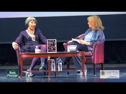 Amy Tan in conversation with Susanne Pari at Dominican University of California