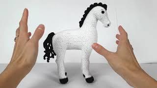 Лошадь крючком. Видеообзор вязаной лошадки. Crochet horse