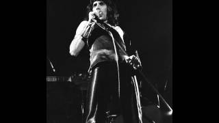 4. Queen LIVE! at Liverpool (17 November, 1973)
