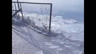 preview picture of video 'Moving ice on Lake Sevan, Armenia'