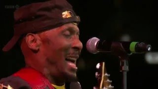 Gambar cover Jimmy Cliff - I Can See Clearly Now Live Glastonbury 2011 HD.avi
