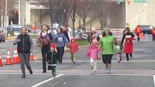 Jingle Bell Race for Athritis in Washington DC. December 2013. THE KIDS FUN RUN 2