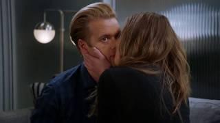Great News NBC 2x13 Early Retirement Season Finale Sneak Peek #1
