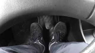 Два варианта трогания на механике для сложных новичков водителей.
