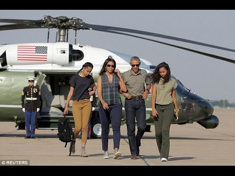 Barack Obama and Michelle Obama's Daughters and Their Beautiful Moments