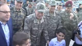 Genelkurmay Başkanı Akar, Bayram namazını Siirt'te kıldı
