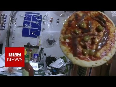 Pizza night aboard the International Space Station - BBC News