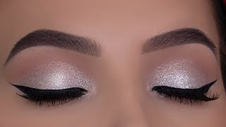 Classic Holiday Glitter Eye Makeup | White Golden Reflects Glitter With Red Lipstick