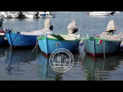 Klevalka sul russo che pesca in 2 labynkyr