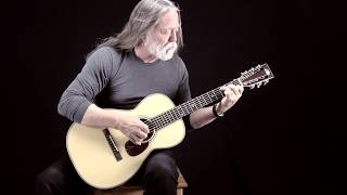 Froggy Bottom Guitars: 12 fret Parlor Guitar - The Water Is Wide