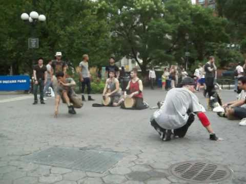 2-Djembe players & flips @ Union Sq. Pk.,NYC (Pt.2)