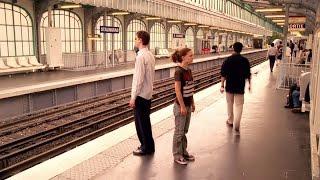 Paríž, milujem ťa - Tom Tykwer - Faubourg Saint Denis (Paris, Je t'aime)
