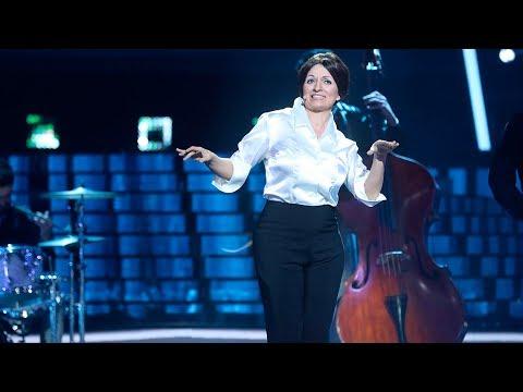 Silvia Abril canta 'Tintarella di luna' de Mina - Tu Cara Me Suena