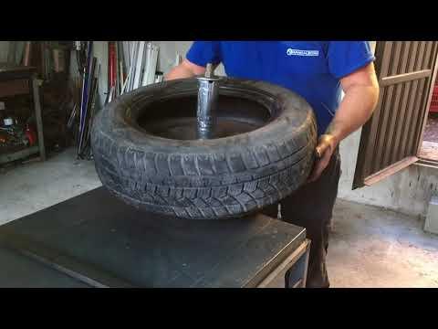 Smontaggio e rimontaggio pneumatici auto manualmente