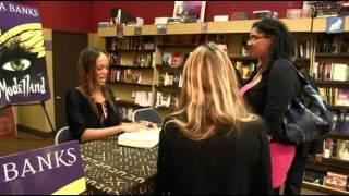 Тайра Бэнкс, 1\12\2011- Tyra Banks pens first novel