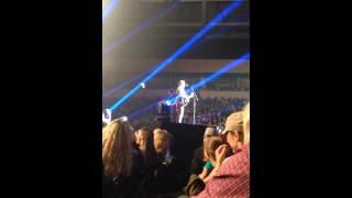 Chris Tomlin sings Foot In My Mouth.