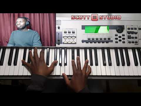 How to play | Way Maker by Sinach - Musiq Community - Video