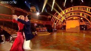 ‏Jerry Hall & Anton Du Beke Quickstep to 'Mrs Robinson' - Strictly Come Dancing 2012 - BBC One