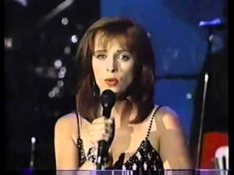 Sheena Easton  I Wouldn't Beg for Water Live