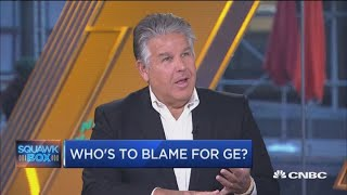You have to be 'very, very brave' to buy GE now, says Vanity Fair's William Cohan