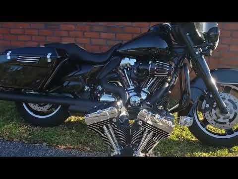 2011 Harley-Davidson Police Electra Glide® in Sarasota, Florida - Video 1