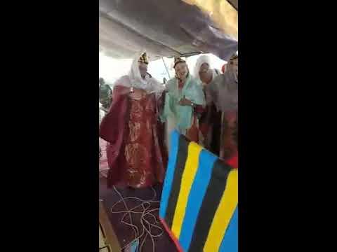 VERY VERY DANCING WEDDING CELABRATE BIG WOMEN