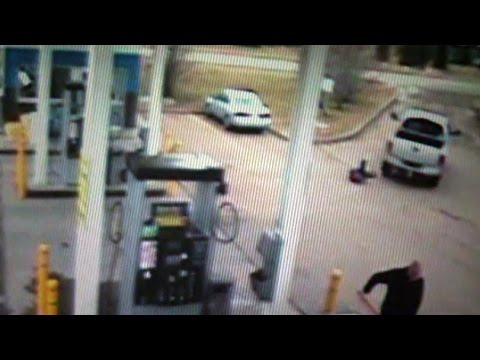 Edmonton gas station employee dragged in gas-and-dash