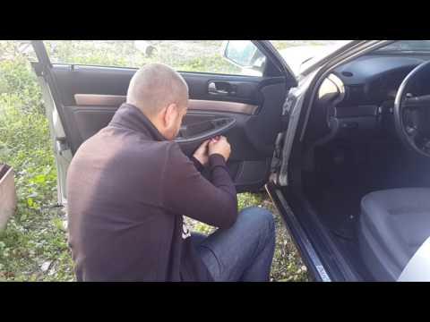Как снять дверную панель в AUDI A4 B5 кузов