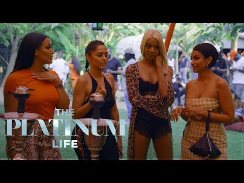 Asiah Collins' Friend Is Ready to Pop Off at Party | The Platinum Life | E!