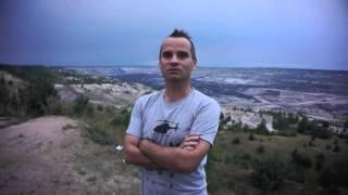 preview picture of video 'Kleszczów - dziura - wyrobisko w kopalni węgla brunatnego - Bełchatów - 19.08.2013r.'
