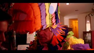 Trailer of Papa Pinata (2012)