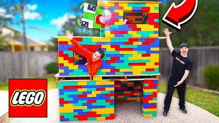 BUILDING A 3 STORY LEGO MANSION! (WORLDS BIGGEST HOUSE)