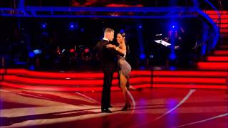 Nicky Byrne & Karen Hauer - Argentine Tango (Dance Off) - Skyfall