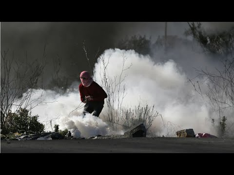 <a href='https://www.akody.com/top-stories/news/heurts-entre-palestiniens-et-soldats-israeliens-a-jerusalem-et-en-cisjordanie-occupee-314389'>Heurts entre Palestiniens et soldats isra&eacute;liens &agrave; J&eacute;rusalem et en Cisjordanie occup&eacute;e</a>